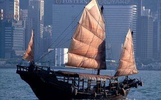 Бесплатные фото корабль,мачты,паруса,море,побережье,город