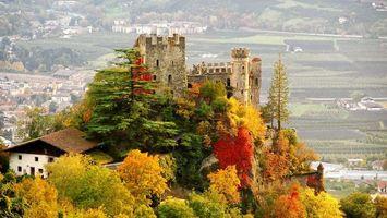 Бесплатные фото замок,гора,деревья,дома,трава,зеленая,город