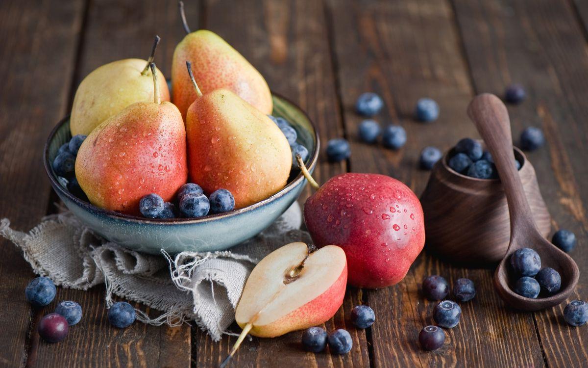 Фото бесплатно фрукты, яблоки, груши, тарелка, ложка, стол, еда, еда