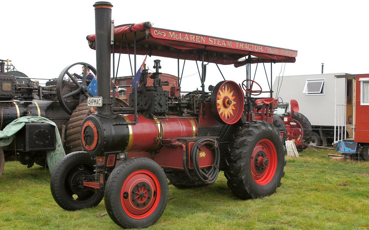 Фото бесплатно трактор, паровоз, труба, крыша, колеса, раритет, разное - скачать на рабочий стол
