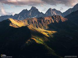 Бесплатные фото горы,ель,сосны,national geographic,тучи,задний план,природа
