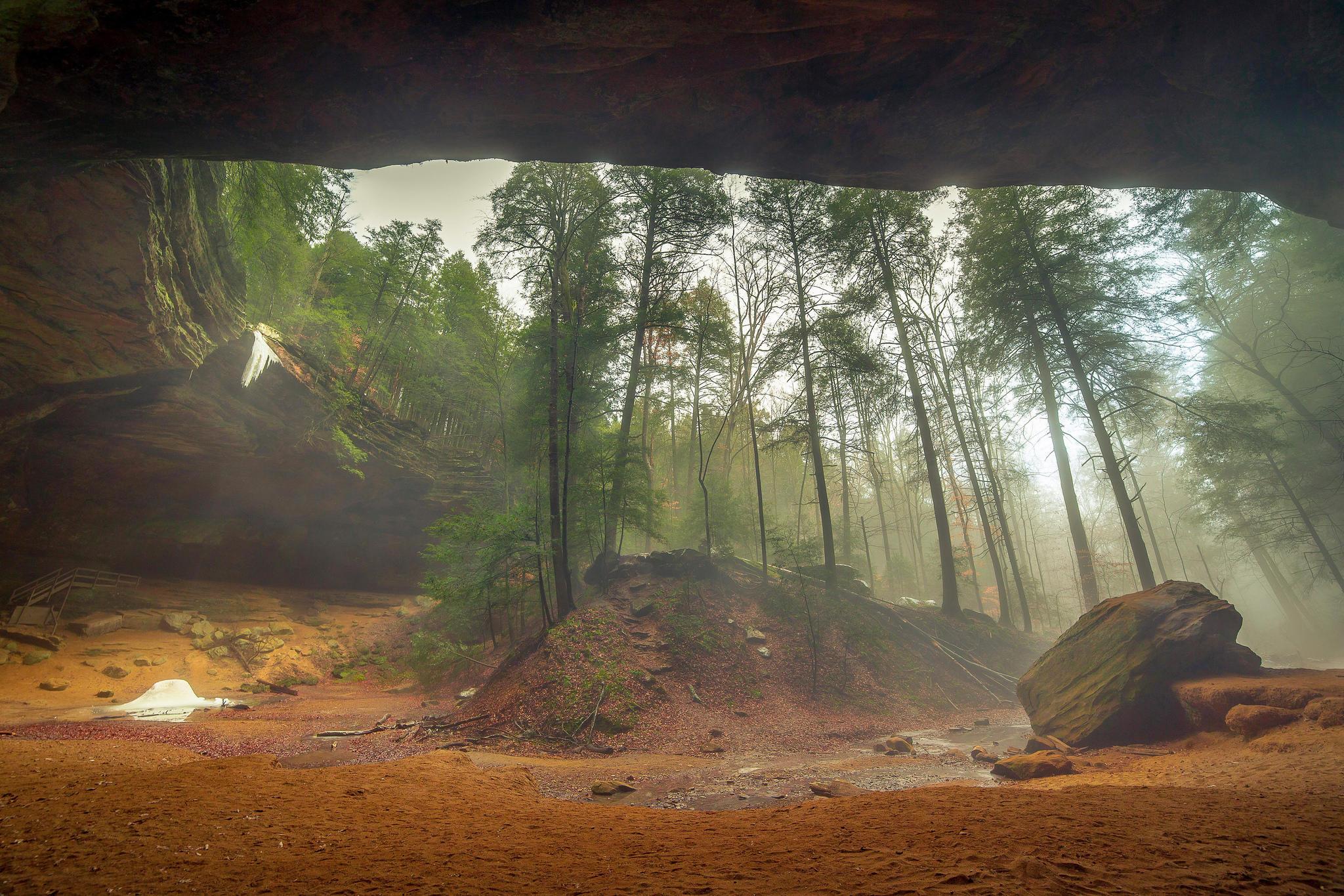 обои Ash Cave, Hocking Hills State Park, лес, туман картинки фото