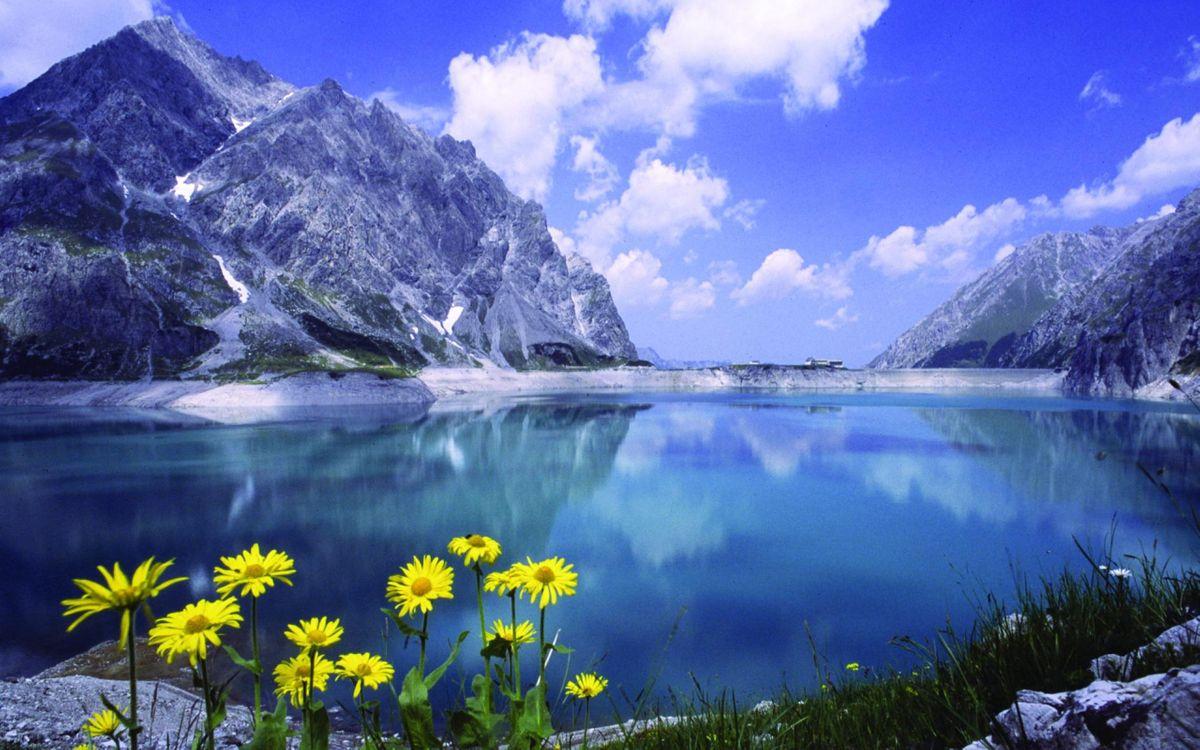 Фото бесплатно горы, скалы, местность, озеро, море, зима, холод, снег, трава, небо, облака, природа, пейзажи, пейзажи - скачать на рабочий стол