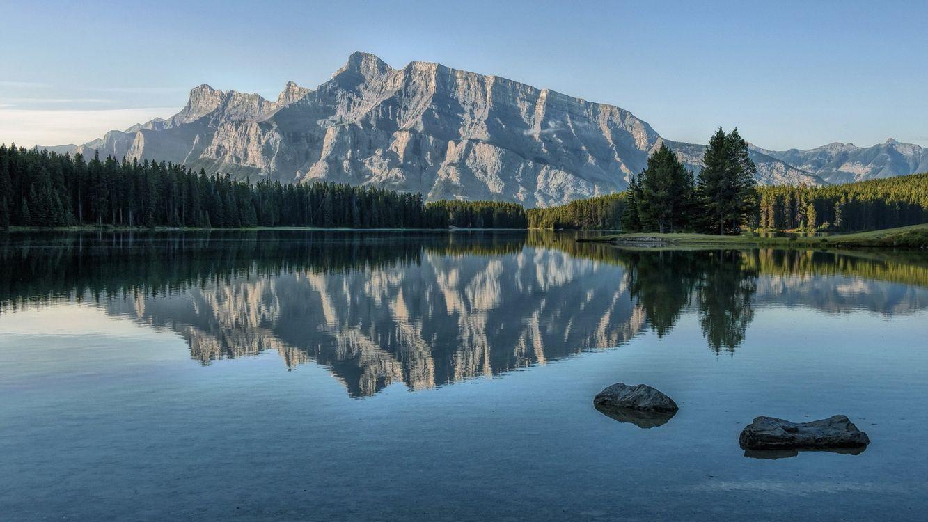 Фото бесплатно озеро, вода, лес, деревья, горы, небо, камни, природа, природа