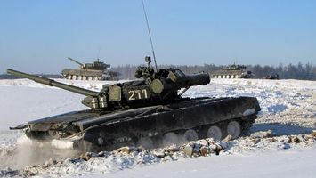 Фото бесплатно танк, снег, грязь