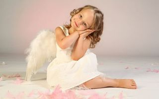Бесплатные фото happiness,wings,cute,angel,child,little girl,beautiful