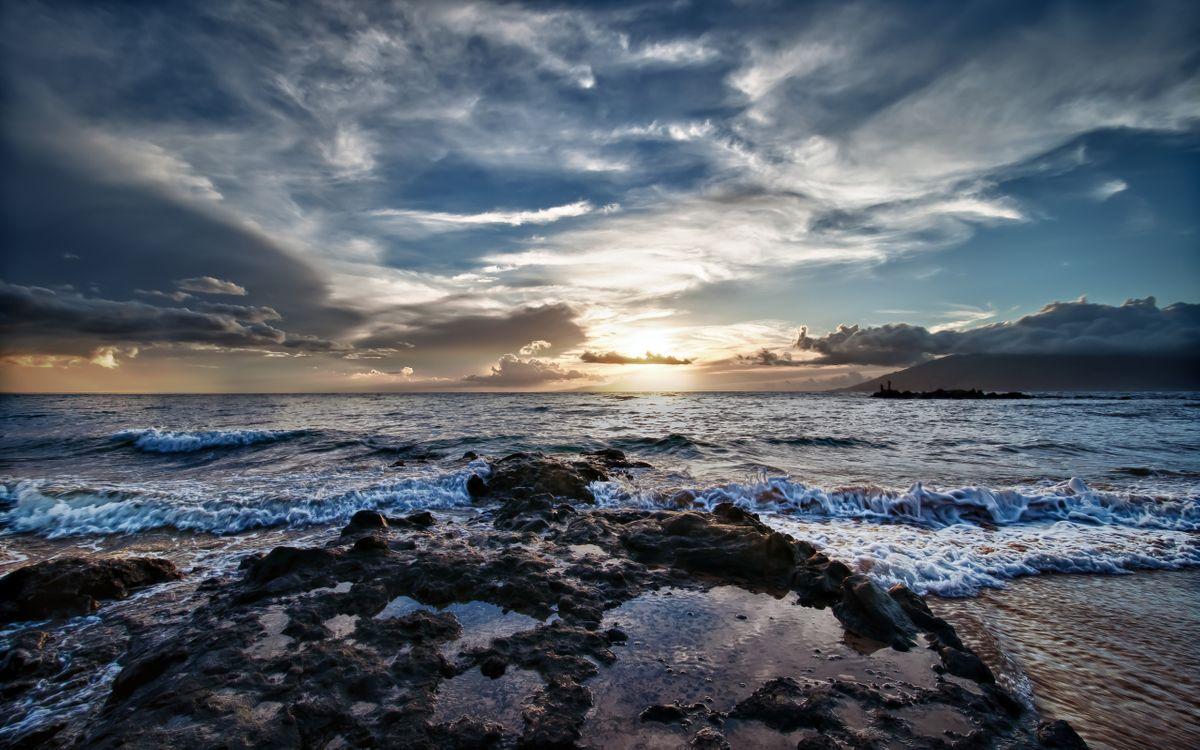 Обои берег, камни, солнце картинки на телефон