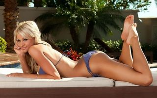 Бесплатные фото блондинка,сексуальная,bikini,swimsuit,эротика