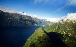 Фото бесплатно горы, скалы, лес, деревья, вода, море, зелень, природа