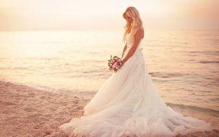 Бесплатные фото свадьба, невеста, белое, платье, букет, цветов, берег