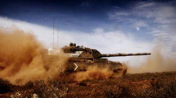Фото бесплатно танк, песок, пустыня, наступление, атака, 12b, оружие