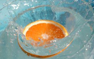 Фото бесплатно апельсин, долька, падение