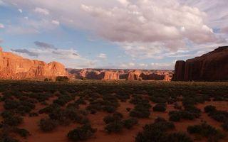 Бесплатные фото камни,трава,песок,небо,облака,коньен,лето