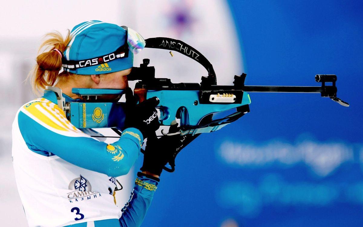 Фото бесплатно олимпиада, соревнование, биатлон, лыжи, спортсменка, стрельба, пуля, адидас, форма, костюм, винтовка, девушки, спорт, спорт