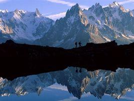 Бесплатные фото вода,горы,луди,рюкзак,снег,небо,природа