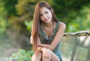 Заставки девушка, японока, взгляд, улыбка, длинные, волосы, красивая, девушки