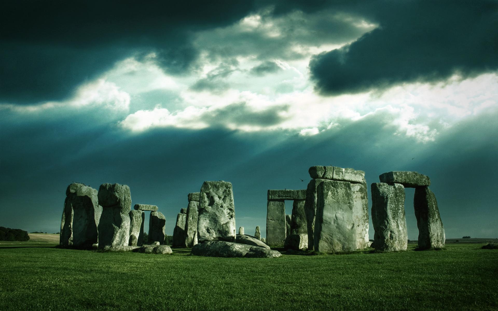 Famous Rock Group, Stonehenge, Wiltshire, England  № 715563 бесплатно