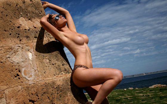 Фото бесплатно jenna, брюнетка, gorgeous, великолепная, горячая, сексуальная, идиальная, breasts, nipples, cleavage, тело, ноги