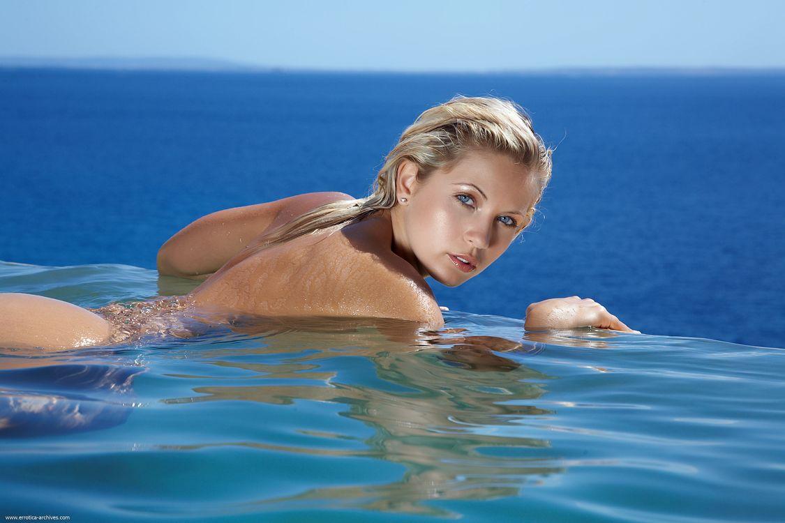 Про голых маладых девак, Молодые голые девушки - смотреть фото красивых 17 фотография
