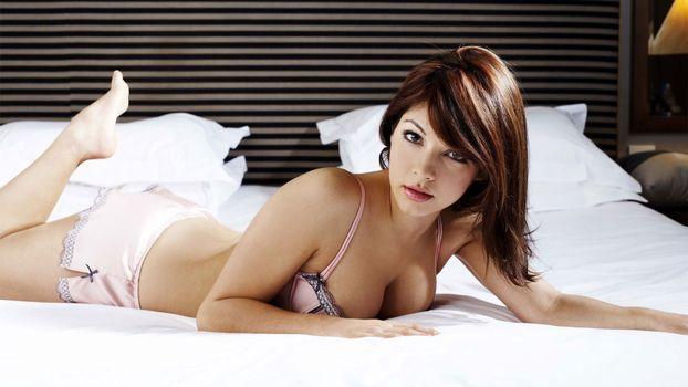 Фото бесплатно кровать, подушка, белье