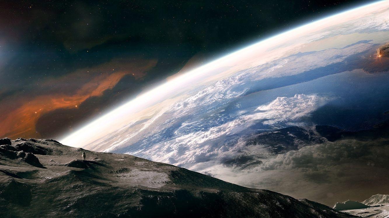 Фото бесплатно метеорит, поверхность, космонавт, земля, космос, звезды, фантастика, фантастика