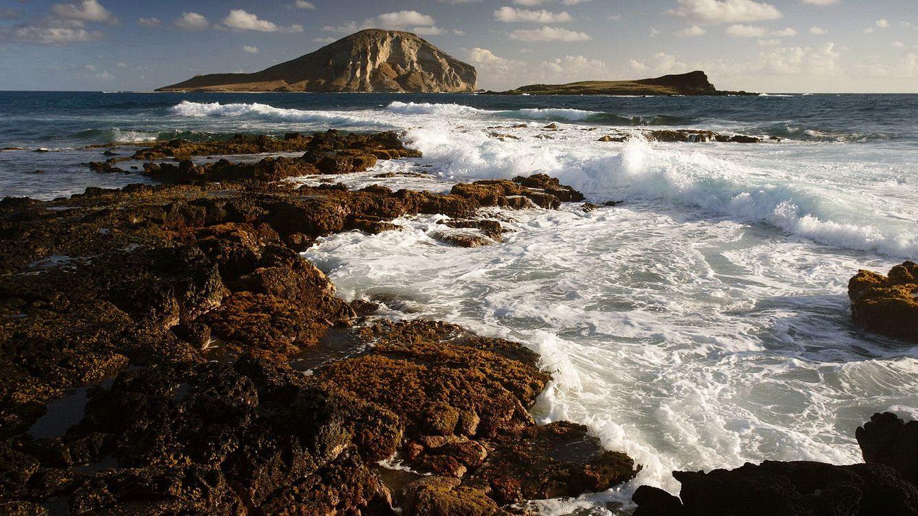 Обои горы, камни, океан картинки на телефон