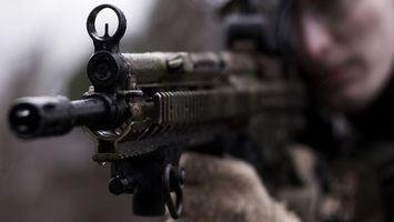 Бесплатные фото автомат,война,оружие,солдат