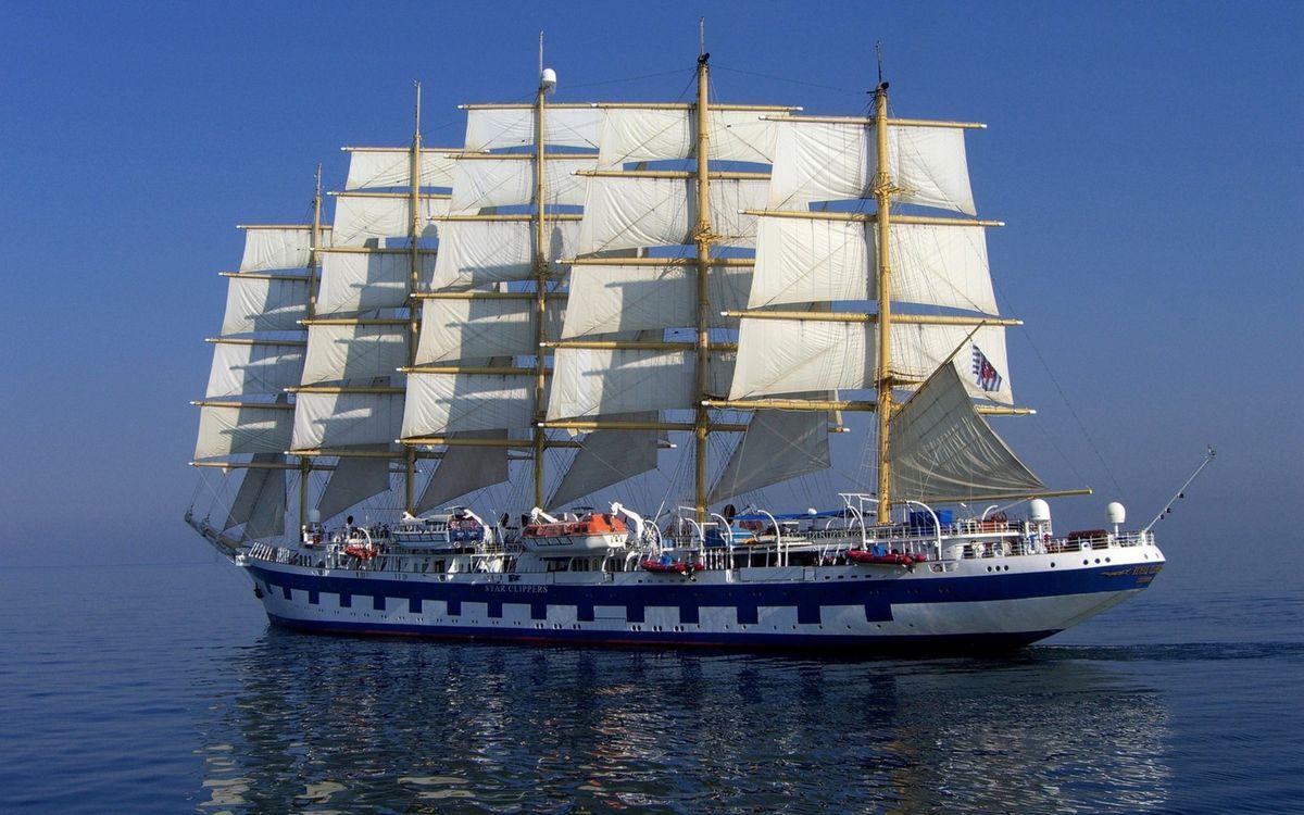 Фото бесплатно корабль, парус, палуба, море, океан, небо, вода, волны, шлюпки, белый, синий, на плаву, круиз, разное, корабли