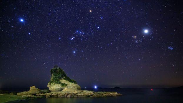 Заставки Сатурн, Солнце, звезды