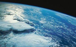 Бесплатные фото планета,земля,вид из космоса,формирование урагана,океан,небо,облака