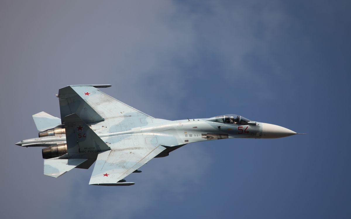 Фото бесплатно самолет, истребитель, сверхзвуковой, небо, полет, высота, кабина, ракеты, пилот, шасси, авиация, авиация