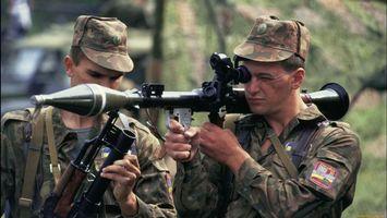 Бесплатные фото солдаты, оружие, автомат, форма, кепки, прицел