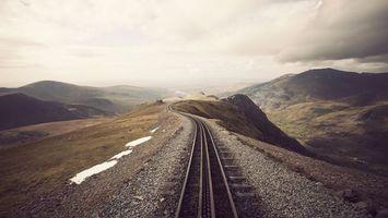 Заставки железная,дорога,насыпь,камни,снег,горы,разное