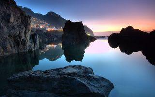 Бесплатные фото море,скалы,камни,горы,вода,вечер,закат