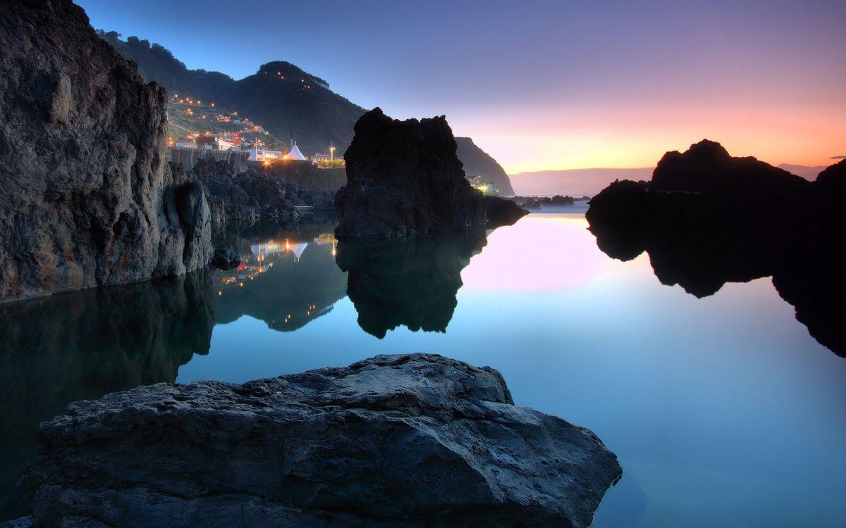 Обои море, скалы, камни картинки на телефон