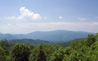Бесплатные фото небо,облака,горы,лес,деревья,красиво,природа