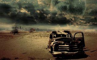 Бесплатные фото сгоревшая,машина,планеты,город,тучи,песок,разное