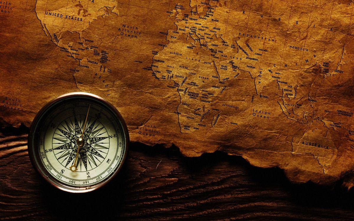 Фото бесплатно карта, старая, пираты, клад, компас, приключения, разное, разное