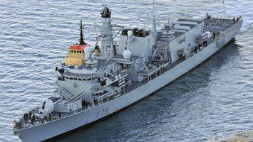 Бесплатные фото корабль,военный,море,вода,волны,пушки,оружие