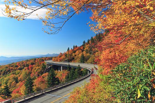 Фото бесплатно Linn Cove Viaduct, Северная Каролина, осень