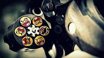 Фото бесплатно револьвер, смайлики, рожицы