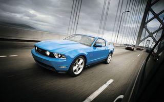 Бесплатные фото форд,мустанг,синий,фары,свет,диски,дорога