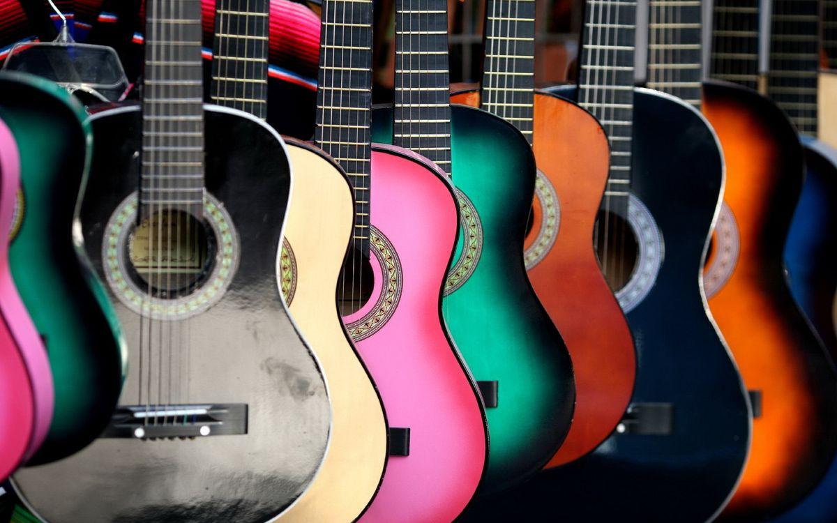 Обои гитара, струна, дерево картинки на телефон