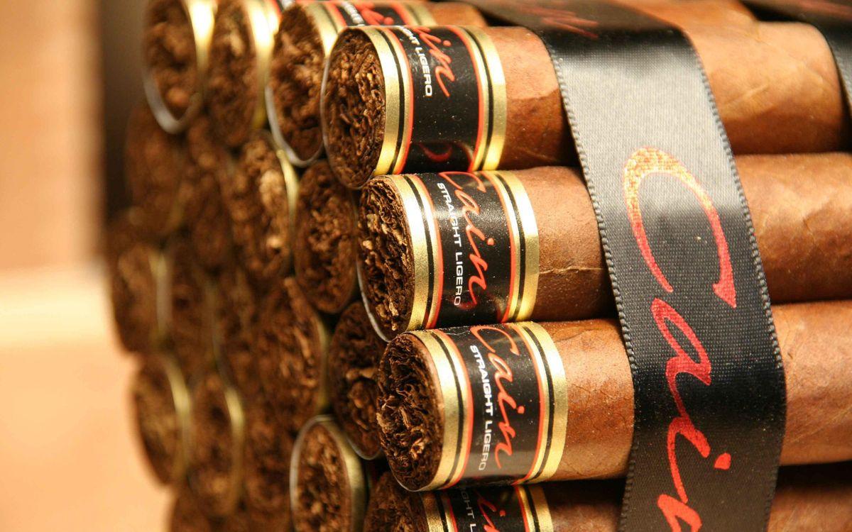 Фото бесплатно сигары, cain, табак, лента, черная, надпись, разное, разное - скачать на рабочий стол