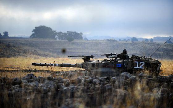 Бесплатные фото танк,дуло,военный,солдат,поле,боевые,действия,война,оружие