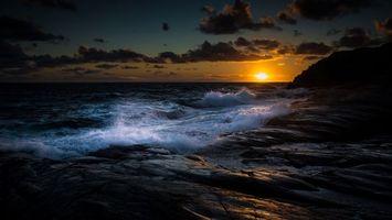 Фото бесплатно закат, брызги, скалы