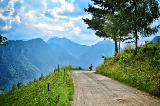 Фото бесплатно горная дорога, горы, человек