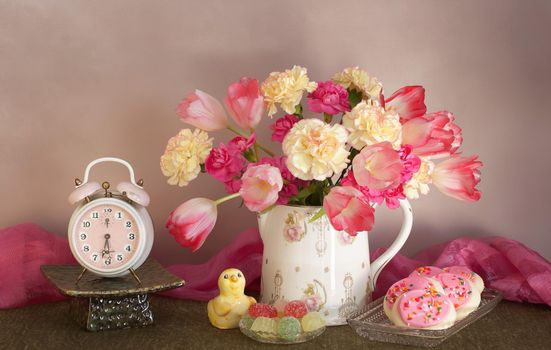 Photo free carnations, tulips, marmalade