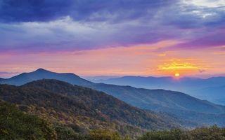 Бесплатные фото горы,лес,деревья,небо,облака,солнце,закат