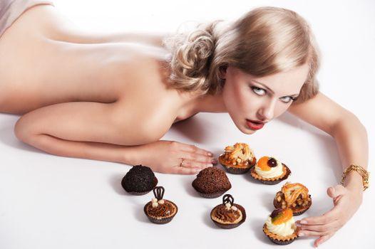 Фото бесплатно девушка, вкусности, настроение